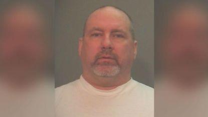 Moordenaar krijgt 425.000 dollar nadat hij vier jaar lang in isoleercel werd opgesloten