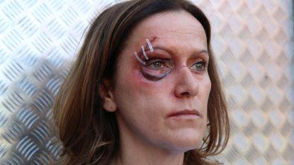 """Chef styling Sonja De Clerck zorgt voor bloed en gewonden op de set van 'Thuis': """"Zalig, als er weer iemand gemolesteerd wordt"""""""