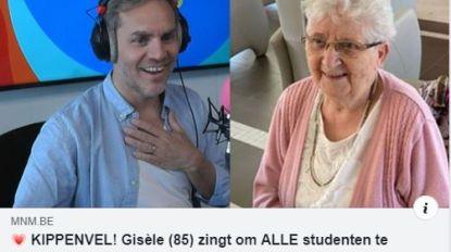 Gisèle (85) blaast Peter Van de Veire van zijn sokken met haar zangtalent