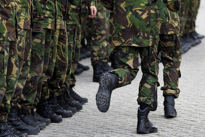 Herinvoering van de dienstplicht kan volgens oud-militairen misstanden voorkomen.