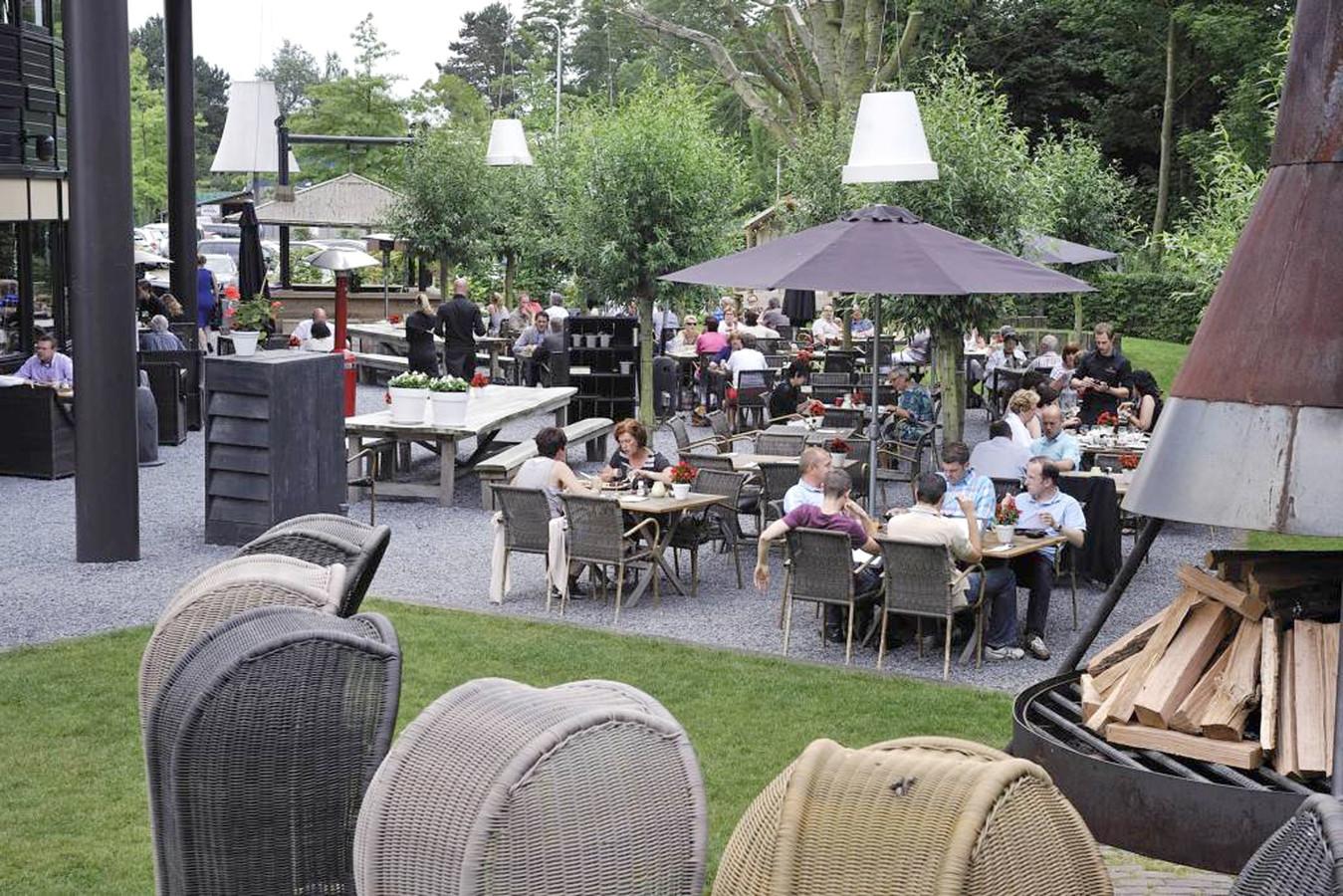 Het hooihuis roosendaal heeft het beste terras van 2016 foto - Model van het terras ...