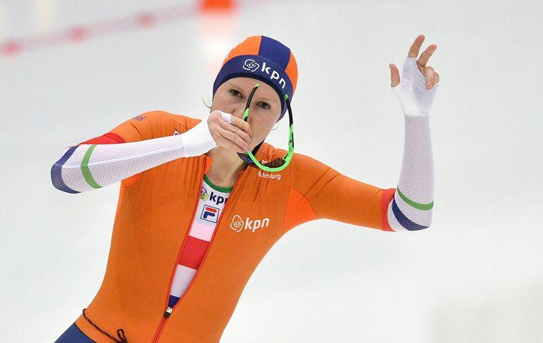 Lotte van Beek won vandaag verrassend de 1500 meter. Beeld AFP