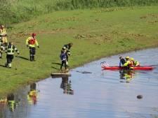 Boot drijft weg: jongetje (10) blijft eenzaam en alleen achter op eilandje bij Brakel