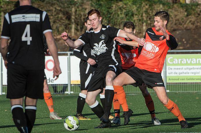 De regionale derdeklassers zijn herenigd: de competitiewedstrijd tussen Excellent en Vitesse'08 keert terug.