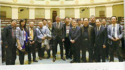 Etentje met politiedirecteur in opdracht van Chinees