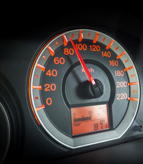 Veertig automobilisten op de bon na snelheidscontrole in Almkerk