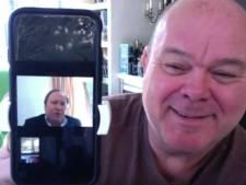 Paul de Leeuw trots op zingende burgemeester van Zwijndrecht: 'U hebt een hele mooie tekst gemaakt!'