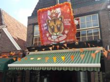 Lichtenvoorde steunt Oranje: 'De vlaggetjes blijven nog wel even hangen voor de vrouwen'