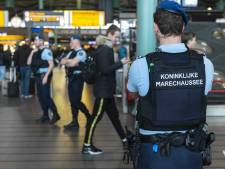 Man betrapt op Schiphol met 50.000 euro in koffer