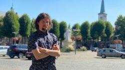 """De warmste vakantieplek van Vlaanderen, met filmmaker Rocky Grispen: """"Maaseik heeft de meest mysterieuze markt van Limburg"""""""