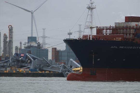 Het schip liep zelf slechts lichte averij op.