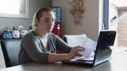 """Alleenstaande moeder Veerle: """"Vaak moeten we met 80 euro per week rondkomen"""""""