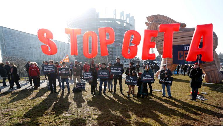 Tientallen actievoerders troepten samen in Straatburg.