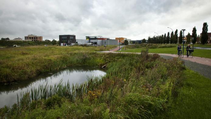 Het terrein aan het Ierse Pond ligt nog steeds braak.