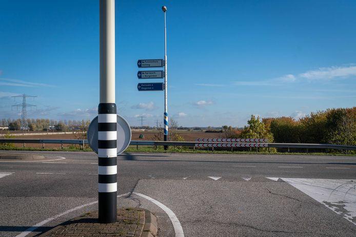 Het huidige 'eindpunt' van de A15 bij Bemmel.