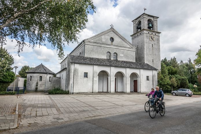 De kerk. Dorpshuis of bedrijf?