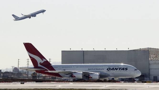 Qantas ontdekt olielekken in drie motoren superjumbo