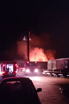 Uitslaande brand bij bloemisterij in Groesbeek