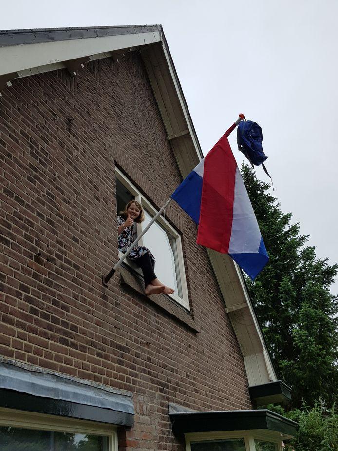 De in Twello woonachtige Lisanne Wagenvoord (15) heeft de VMBO-TL op het Zone College met goed gevolg doorlopen. Ze start in september bij Aventus Deventer met de opleiding Onderwijs Assistent.