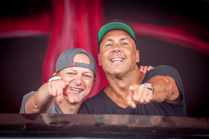 Charly Lownoise en Mental Theo vieren volgend jaar hun 25-jarig jubileum. Dat doen de twee dj's met een speciale show op 9 februari in AFAS Live in Amsterdam.