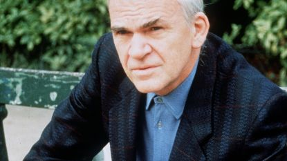 Schrijver Milan Kundera krijgt Tsjechische nationaliteit terug