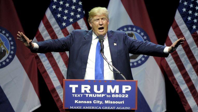 Trump tijdens zijn campagnebijeenkomst in Kansas City. Beeld reuters