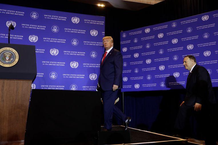 President Trump met minister van Buitenlandse Zaken Pompeo. Beeld null