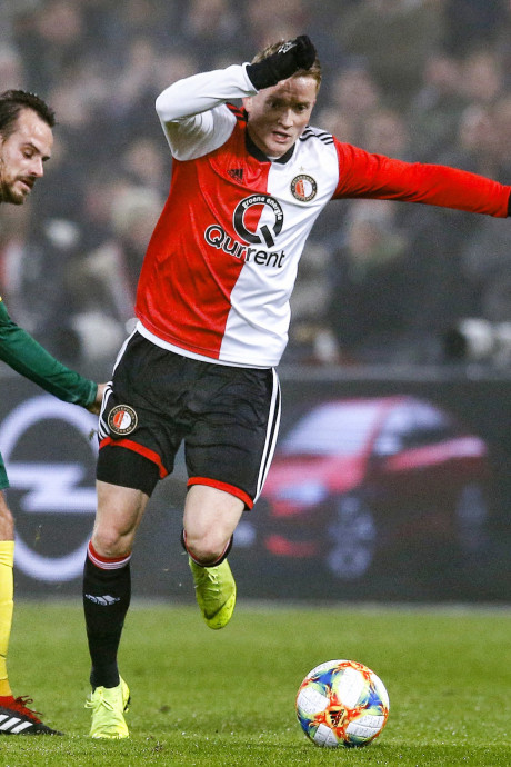 Feyenoord weer terug bij af na beschamende nederlaag