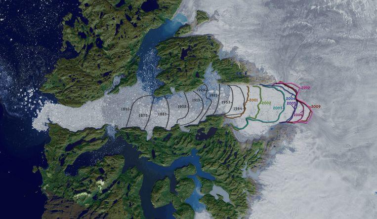 De gletsjer smolt de laatste jaren steeds verder weg, nu is een klein stukje ijs opnieuw aangegroeid.