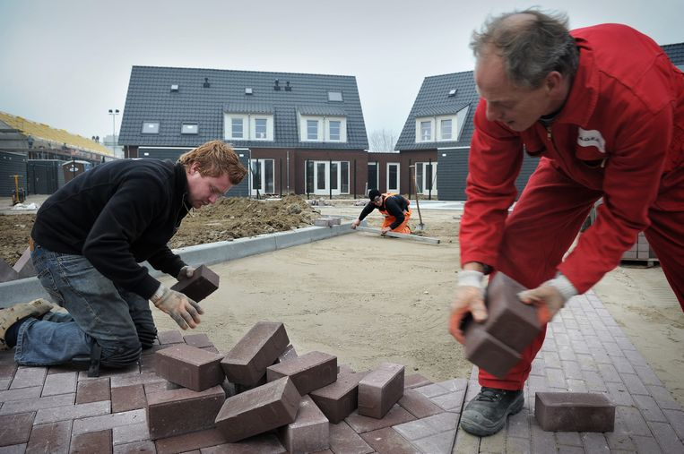 Verhoging van de AOW-leeftijd is vooral problematisch voor beroepen met zware lichamelijke arbeid.  Beeld Marcel van den Bergh / de Volkskrant