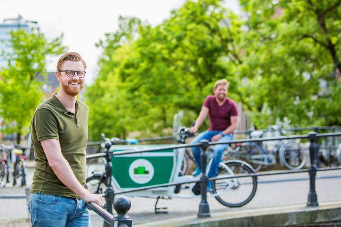 Tim van den Heuvel (links) met zakenpartner Laurens van Geffen in voor SuperBuddy betere tijden.