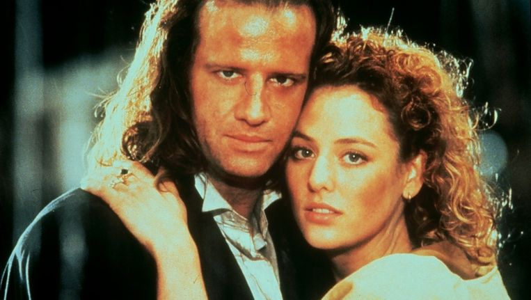 ec9b15991acaa0 ... Scene uit de film Highlander II: The Quickening met Christopher Lambert  en Virginia Madsen. © ANP