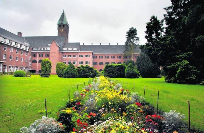 Het klooster Collegium Berchmanianum. Foto: Do Visser/De Gelderlander
