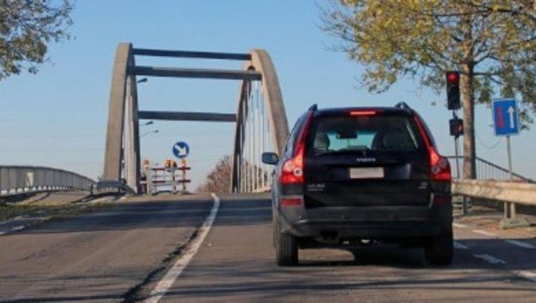 De Vlaamse Waterweg start op 9 september met het herstel van de brug La Flandre in de Otegemstraat over de Kanaalweg.