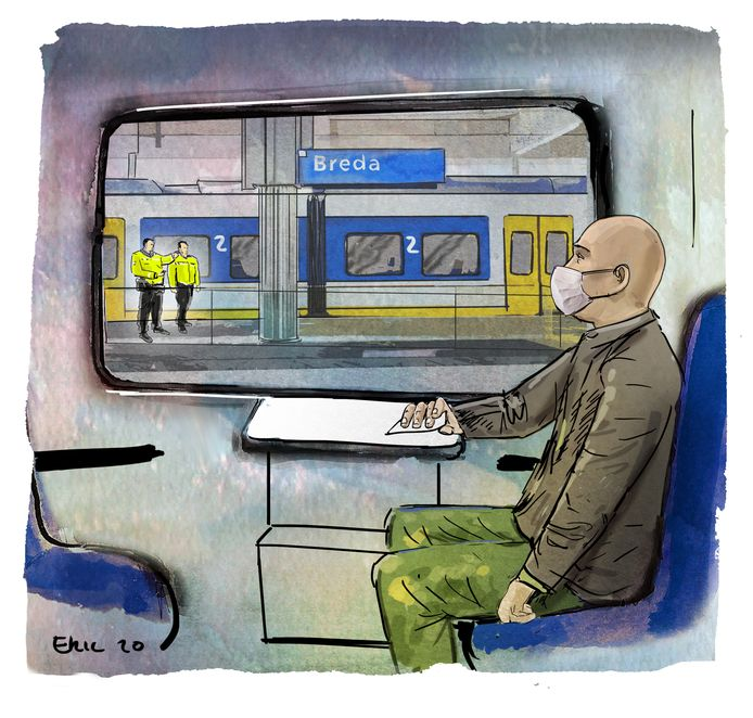 Veiligheidsmensen van de NS wachten op het station in Breda treinreiziger Doron op.