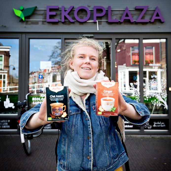 Lotte Fonteijne heeft thee gekocht.