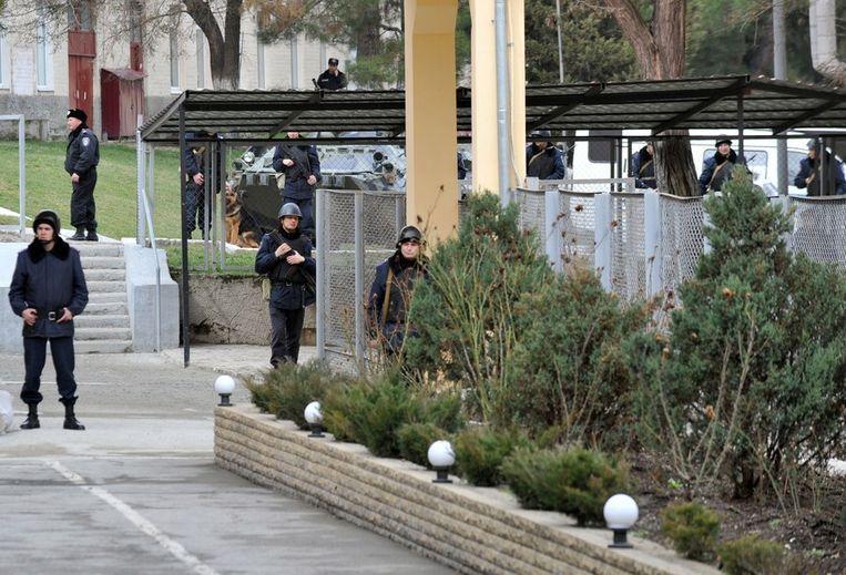 Oekraïense politie in Simferopol. Beeld afp