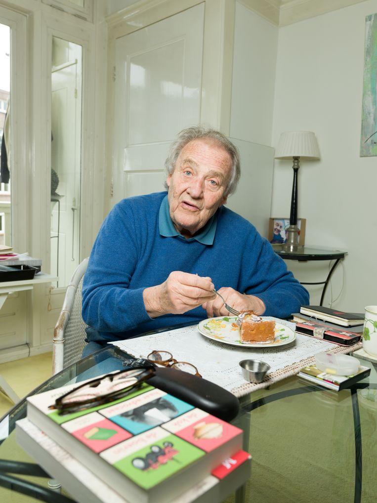 Jules Croiset in zijn woning in Amsterdam.  Beeld Ivo van der Bent