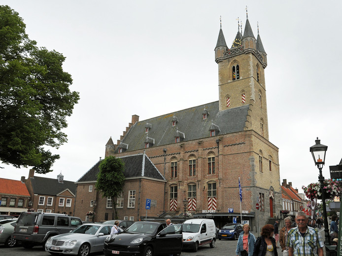 De Groote Markt in Sluis.