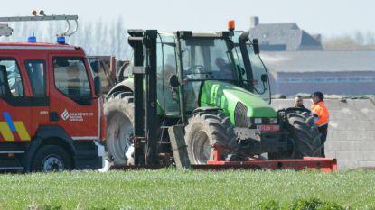 Landbouwerszoon (15) vindt papa dood onder tractor