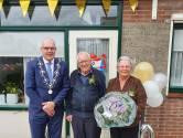 Vonk tussen diamanten paar uit Almkerk sprong over in Wapen van Emmickhoven