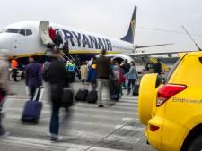 Ryanair-personeel in Eindhoven verenigt zich: Dit kan zo niet langer