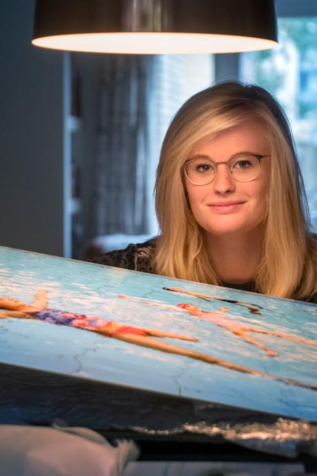 Marijn uit Harderwijk won een prijs voor haar fotoserie over kinderen met kanker: 'Een kind met kanker blijft een gewoon kind'