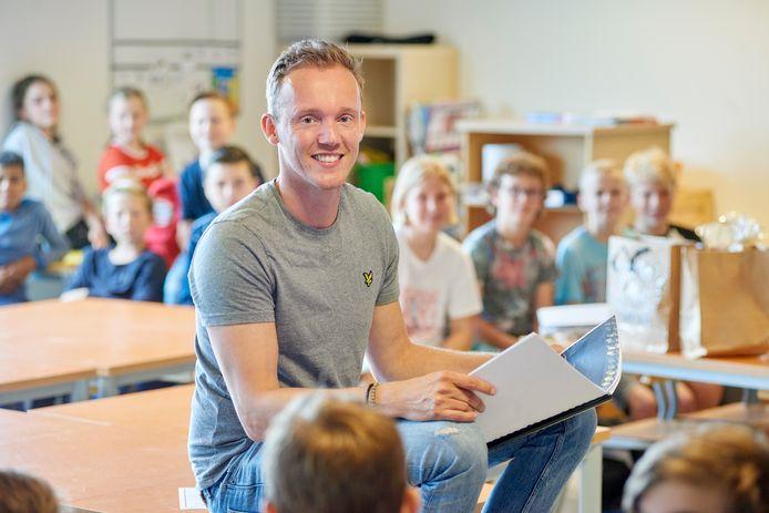 Tom van de Camp van basisschool De Fonkeling te Berghem is genomineerd voor leerkracht van het jaar.