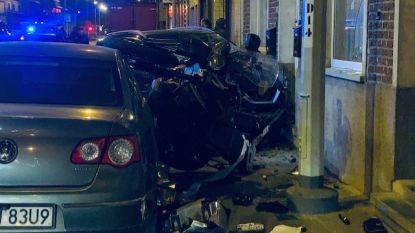 Bestuurder onder invloed valt in slaap en ramt zes voertuigen