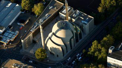 Politie grendelt Centrale Moskee van Keulen af na dreigmail