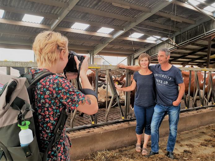 Fotografe Marieke Plasier zet voor 'Bijzondere boeren' de familie Fonken op de gevoelige plaat.