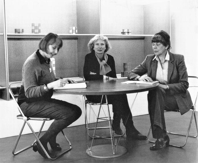 Vanaf links: Hyke Koopmans, Maria van Kesteren en Margje Blitterswijk, in 1982.