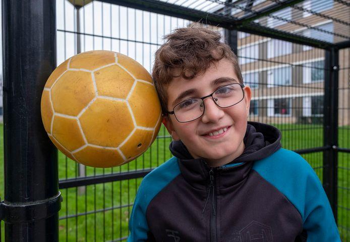 Eyup Elmas: 'Het leuke aan voetballen is dat ik mijn talenten kan laten zien.'