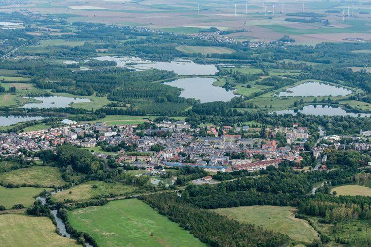 Een luchtbeeld van La Fère, een dorp in het departement Aisne.